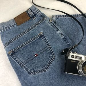 Tommy Hilfiger Vintage High Rise Mom Jeans